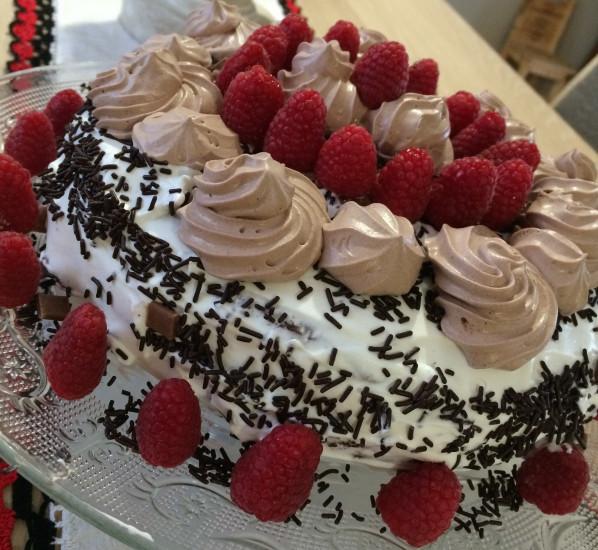 Gâteau d'anniversaire façon Forêt-Noire