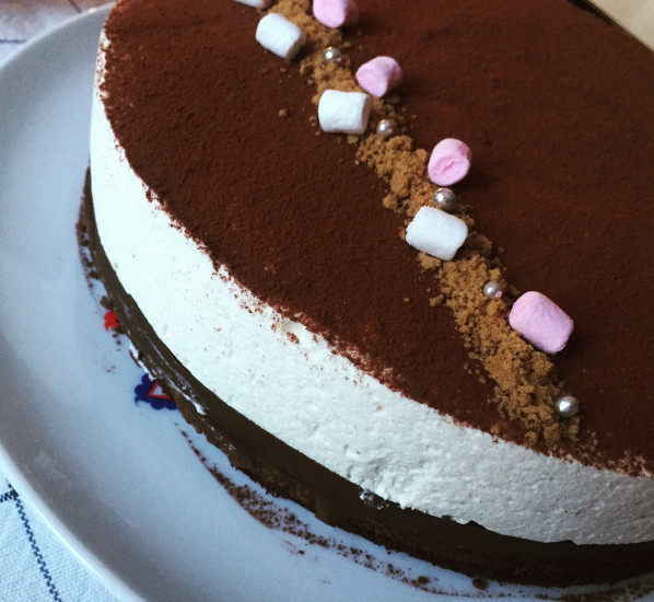 Entremets brownie, speculoos et mousse vanille
